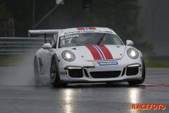 Dennis Olsen formligen utklassade de andra förarna på Rudskogen. Han blev tysk mästare i år i Porsche Carrera Cup.